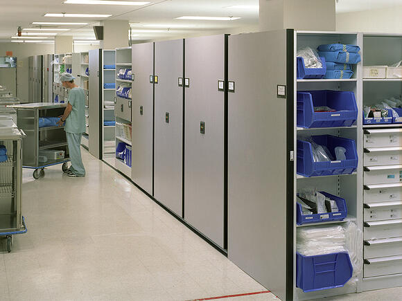 Electrical powered mobile shelving