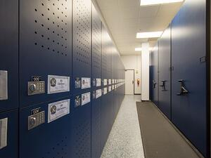 Lockers-and-Mobile-Shelving