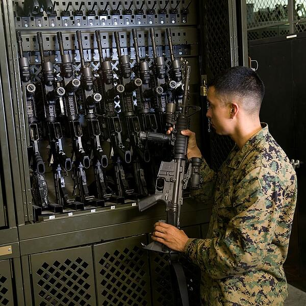 Military-Weapons-Stored-in-Universal-Weapons-Rack