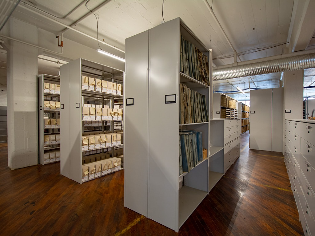 Shelving-for-Archive-Materials